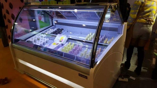 冰淇淋展示柜客户实拍四
