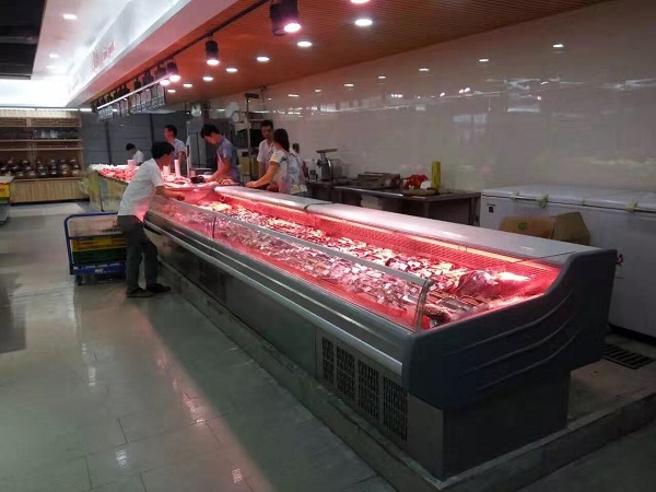超市冷鲜肉柜实拍